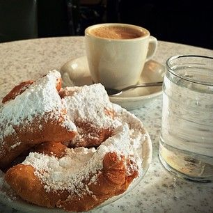 The Beignet | 21 Things You MUST EAT In New Orleans