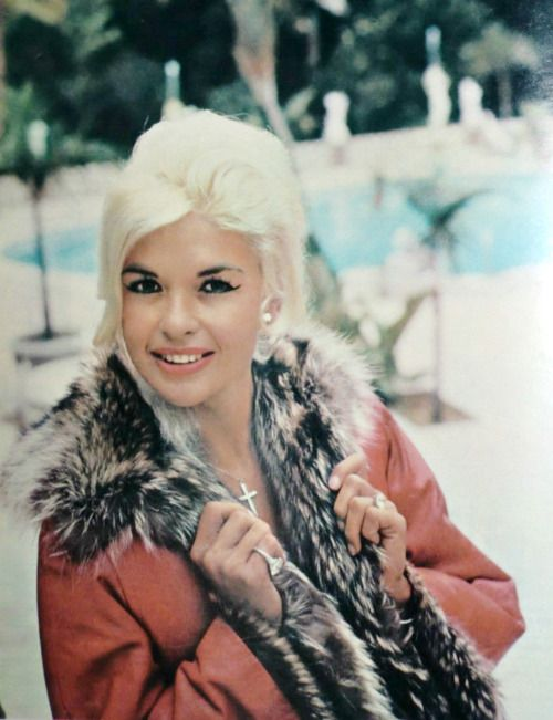 17 best images about jayne mansfield on pinterest for How old was jayne mansfield when she died
