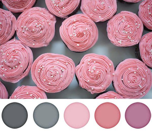 Vége a februárnak, kezdődik az első tavaszi hónap. Mára egy visszafogott, lágy, nőies színpalettát hoztam szürkével és rózsaszínnel. Egy digitális scrapbook készlethez mit szólnál ezekkel a színekkel?