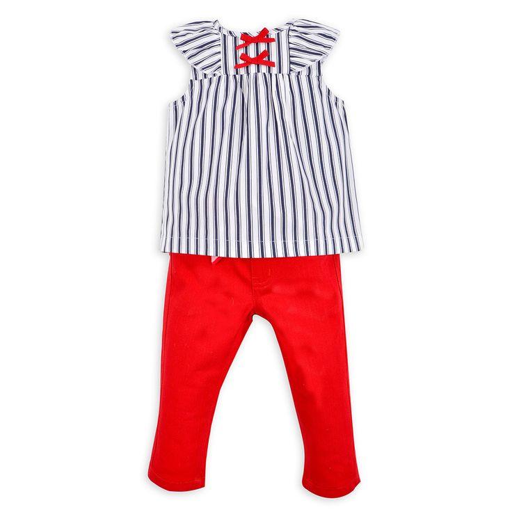 Armonía en contrastes, colores y estampados.  ¿Qué otro colores usarías para combinar  este outfit?
