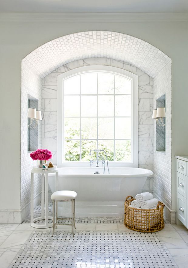 Great tile and curved ceiling with built in details #bathroom