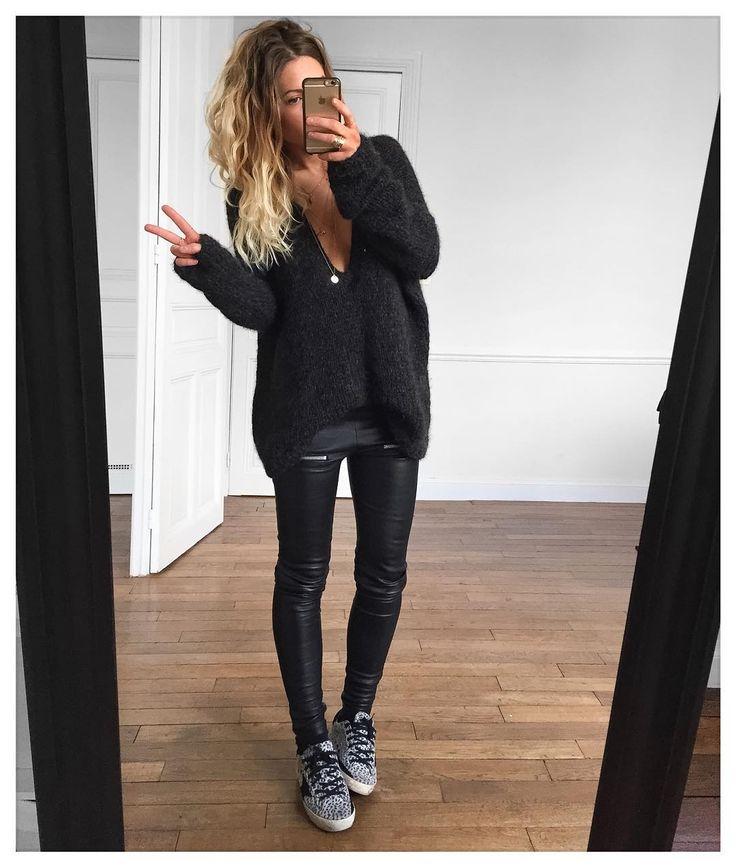 "4,097 Likes, 54 Comments - Mélanie Delhaye (@meleponym) on Instagram: ""Merci à toutes pour vos messages !✔Pull #knitbyme cuir Erin #eponymcreation sur @meleponym baskets…"""
