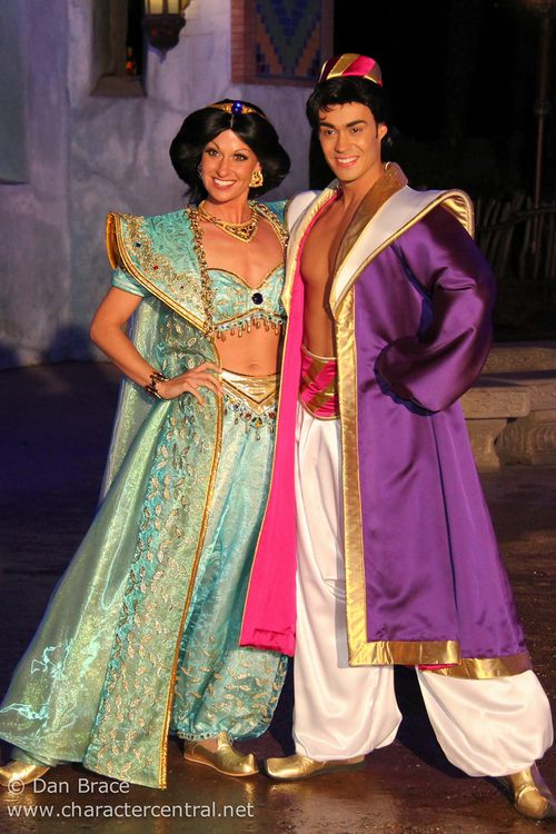 @jessamaree  - LOVE the COLOR (for Act 2) and the Duster Coat IDEAS (from Aladdin's Dream of Adventures Dinner (by Disney Dan)