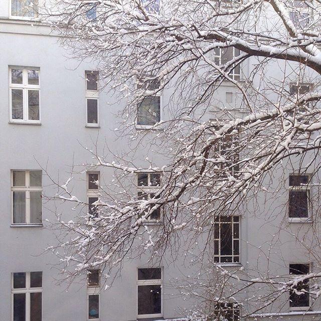 Berlin dreaming #tbt #snowedin #berlinwinter