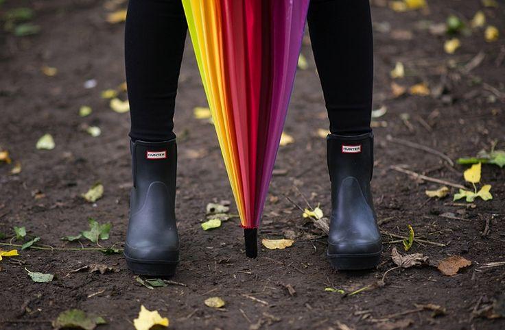 hunter-ankle-chelsea-boots-heels-black