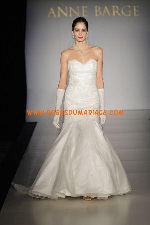 Anne Barge Belle robe de mariée bustier longue glamour sirène ornée de perle satin