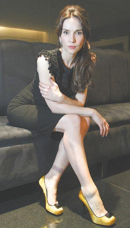 Natalia Oreiro  by Las Oreiro .