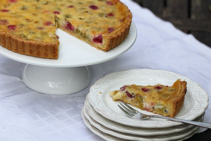 Gooseberry creme fraiche tart adapted from Sarah Raven's Garden Cookbook