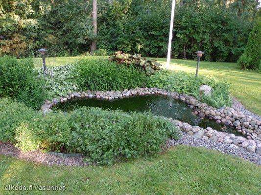 Lovely garden pond lined with smooth rocks / Ihana vesiaihe luonnonkivillä #garden #vesiaihe #puutarha