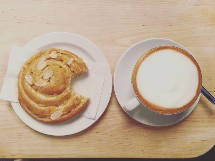 Observed at the local @kaffebrennerietofficial #pacman #lovecoffee #lovekaffebrenneriet #coffeshopsinoslo