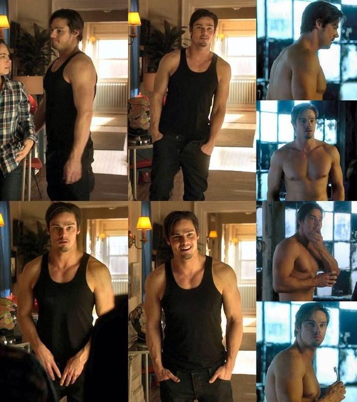 @Karen Cooper  the only #HottieOfTheYEAR for me is jay ryan pic.twitter.com/sQwHFyvsbn