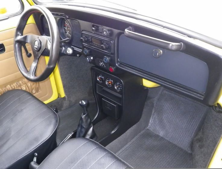Custom VW Super Beetle | Image may have been reduced in size. Click image to view fullscreen.