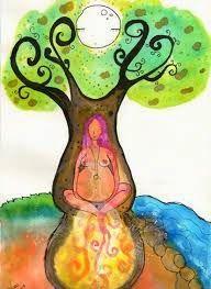 Despertar o Sagrado Feminino é permitir que o arquétipo da Anciã, aquela que tudo sabe, desperte. É se conectar com as forças da Mãe Natur...