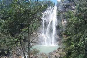 Jual Tiket Pesawat: Air Terjun Cunca Rami Labuan Bajo Indonesia  Memang klop dengan arti namanya yang berasal dari bahasa Flores, cunca yang berarti air terjun dan rami yang berarti hutan. Air Terjun Cunca Rami memang berada di kawasan tengah hutan tropis Flores, - See more at: http://www.tiketpesawatklaten.blogspot.com/2014/06/air-terjun-cunca-rami-labuan-bajo.html#sthash.qx3Z1oMB.dpuf