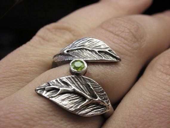 Peridoot blad ring in sterling zilver van VanseeJewelry op Etsy