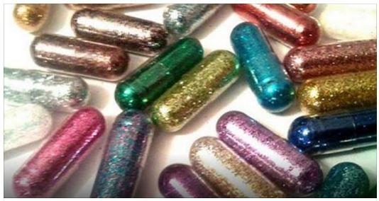 Grâce à ces pilules pour Noël, vous allez enfin transformer vos cacas en paillettes...