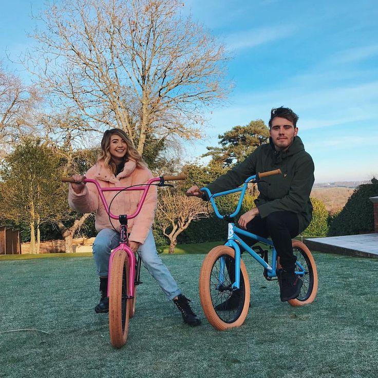 "Polubienia: 123.4 tys., komentarze: 555 – Alfie Deyes (@pointlessblog) na Instagramie: ""Custom built PB & Zoella bikes """