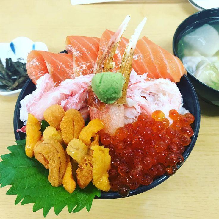 #ANA#丼#小樽#海鮮丼#三角市場#北海道#旅行#otaru#seafood#market#seaurchin#crab#foodie#instatravel #travelgram#hokkaido#japantrip#travelphotography