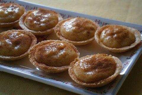 Unbaked milk tartlets (miniatuur melktertjies) | Rainbow Cooking