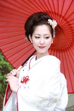 和装ヘアメイク   大阪の住吉大社で神前結婚式。神社での挙式なら住吉大社吉祥殿