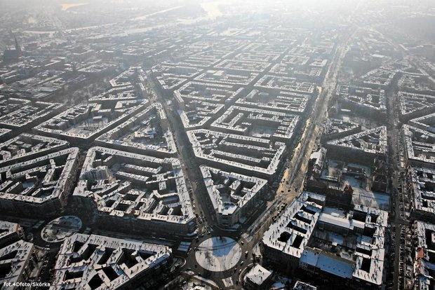 Zimowy Szczecin z widziany samolotu