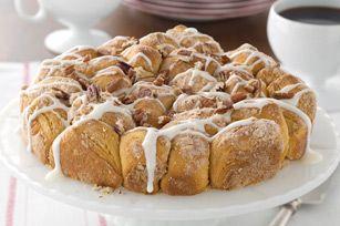 Pull-Apart Coffee Cake recipe - I NEED TO MAKE THISSSS!