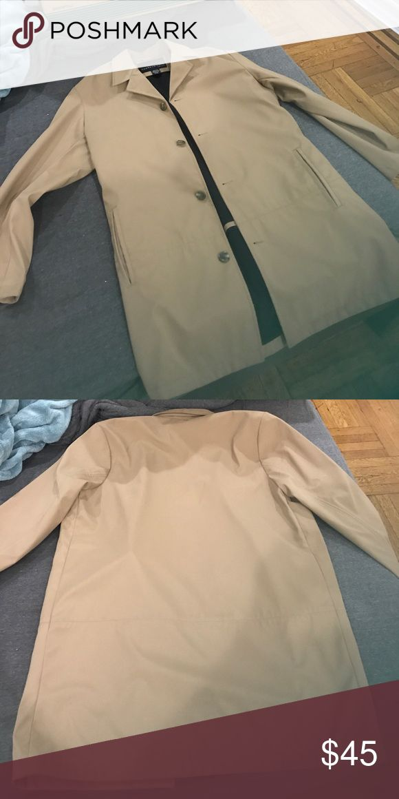 Kenneth Cole men's raincoat - size small In excellent condition. Worn only once. Kenneth Cole Jackets & Coats Raincoats