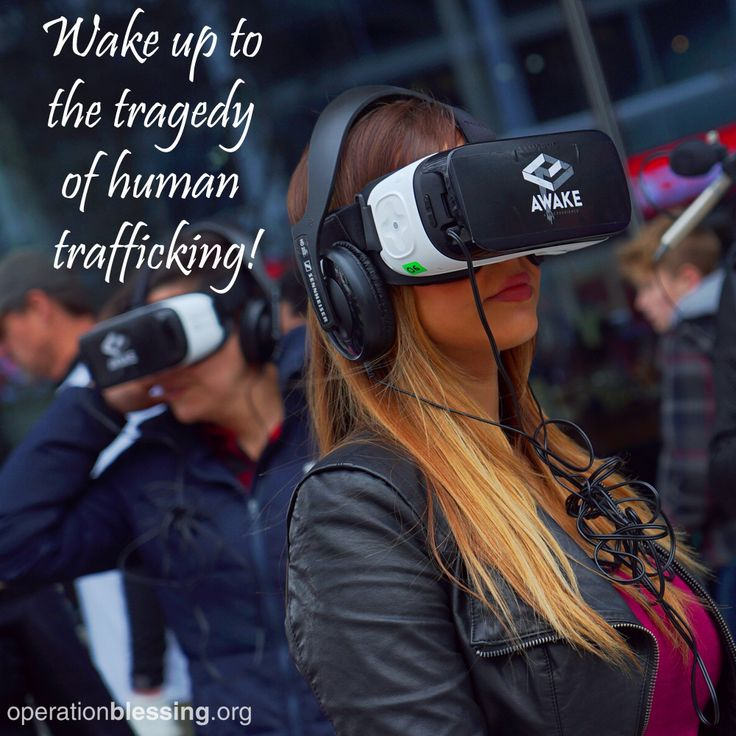 Leading up to the kickoff of Super Bowl LI in Houston, Texas, Operation Blessing was on the ground spreading awareness for the cause of human trafficking. Using an innovative virtual reality headset, over 1500 participants were given an immersive look at the tragedy of human trafficking. #stoptrafficking