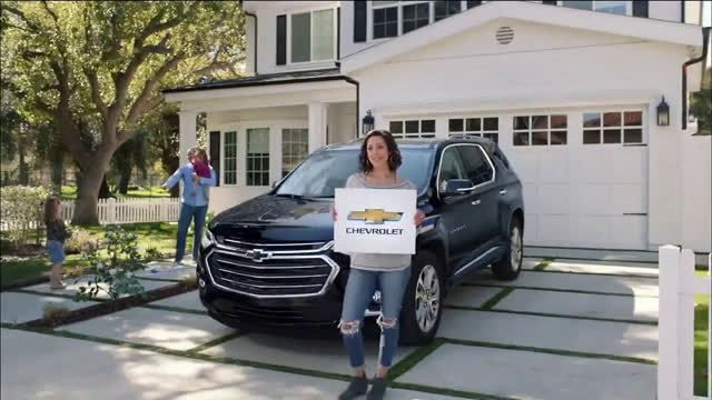 Chevrolet 2019 Chevrolet Equinox Logo Switch Ad Commercial On