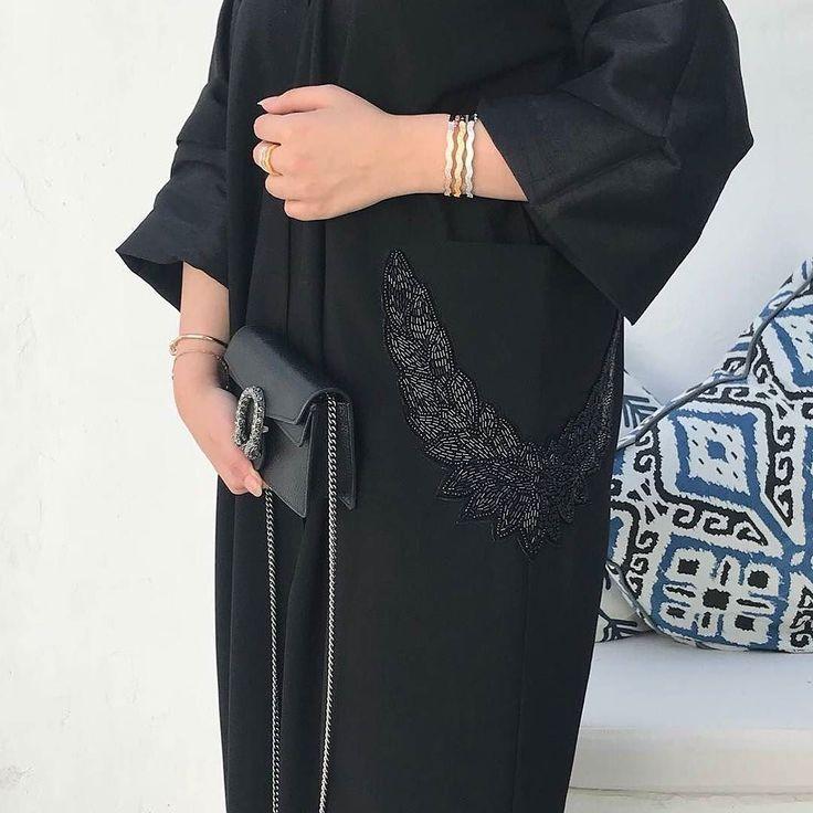 #Repost @deram_fashion with @instatoolsapp  #ملبوس_العافيه  #abayas #l4l #intm