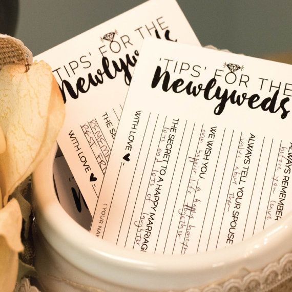 tips for the newlyweds! easy DIY printable that your guests will love.