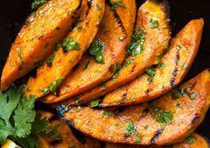 Un accompagnement parfait de patates douces… C'est très bon au goût et excellent pour la santé 🙂
