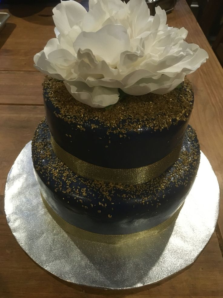 Beautiful cake by Natalie