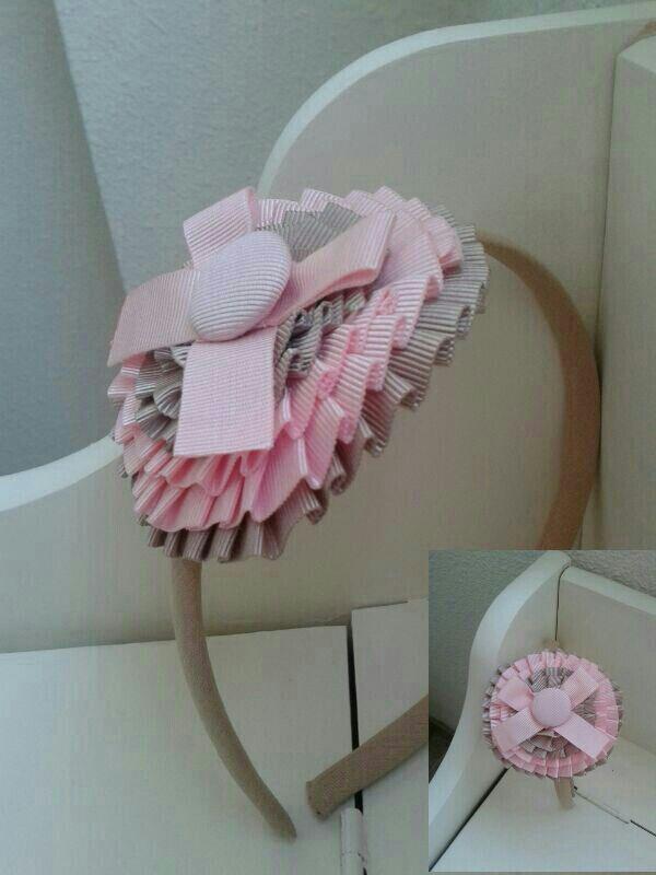 Diadema niña botón rosa