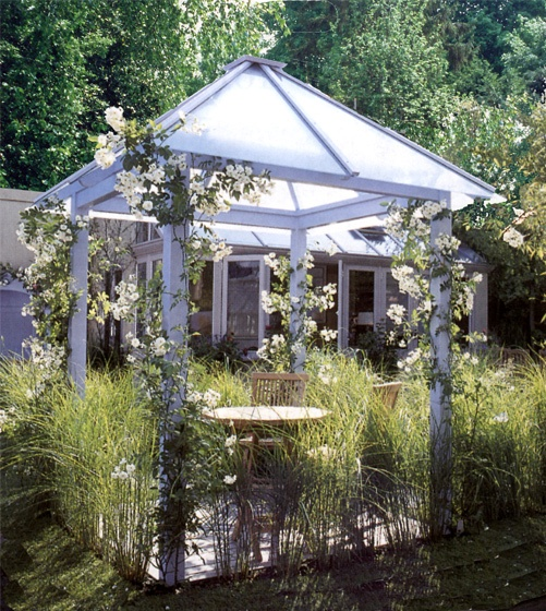 Gazebo Painted With Glass Roof