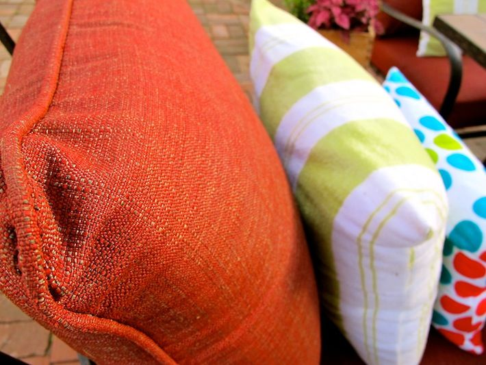 How To Clean Outdoor Cushions. Put Warm Water, Borax, Dish Soap In Spray