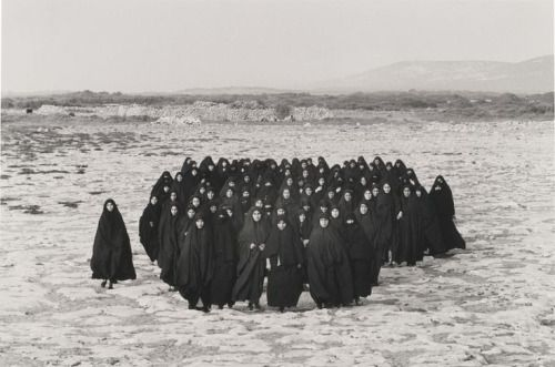 Shirin Neshat, Rapture, production still, 1999