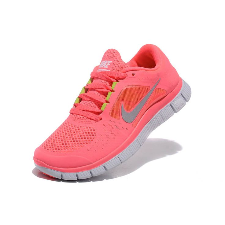 nike free run trainers red