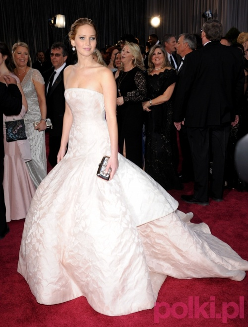 Jennifer Lawrence w kreacji Dior Haute Couture