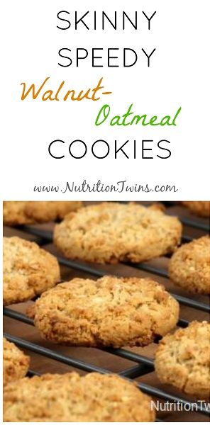 If you are like us and have a sweet tooth (yep, we love veggies, ginger, and even bitter spices like turmeric but that doesn't make us automatically not like sweets. Ha, if only!), then you'll love this recipe. Not only is it super easy but it's healthy and won't cause a sugar coma afterwards.  …