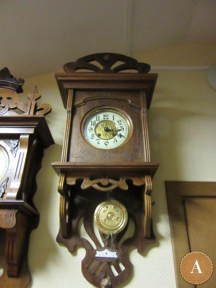 Часы настенные в стиле модернъ 1910 г.