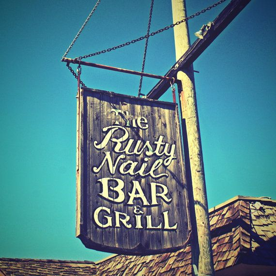 the Rusty Nail: The best burgers and coldest beer in Cape May!