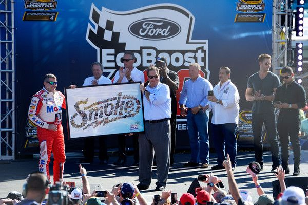 Tony Stewart Photos Photos - Tony Stewart, driver of the #14 Always a Racer/Mobil 1 Chevrolet, is honored during pre-race ceremonies for the NASCAR Sprint Cup Series Ford EcoBoost 400 at Homestead-Miami Speedway on November 20, 2016 in Homestead, Florida. The Ford EcoBoost 400 will mark the end of an 18-year stock car career that has earned the 45-year old three premier series championships and 49 victories. - NASCAR Sprint Cup Series Ford EcoBoost 400