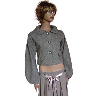 46,00 € ----- Veste courte grise large col Claudine et manches bouffantes.  Avec son large col Claudine froncé, cette veste courte a fière allure.