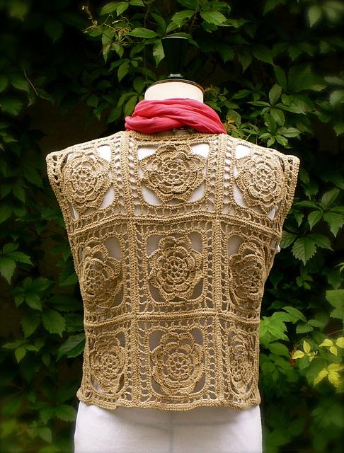 Ravelry: ARTKNITSTUDIO's FIRKANTVEST/ Crochet Floral Design