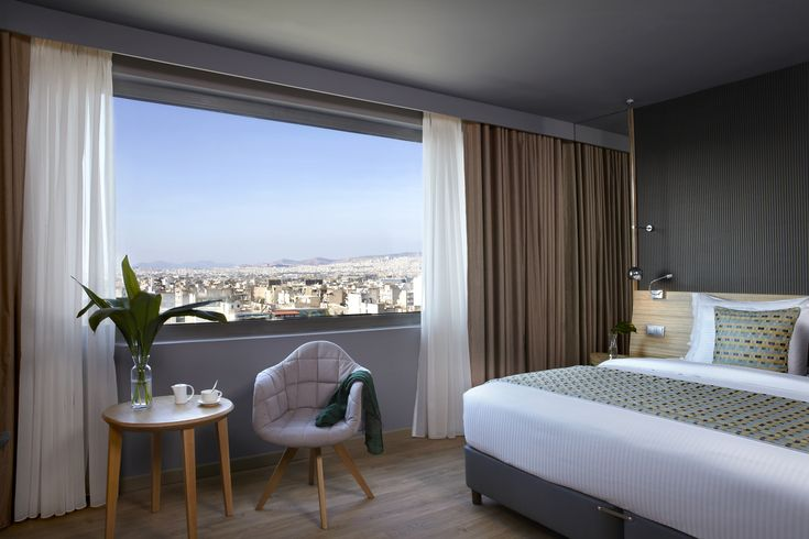Now that is what you call a room with a view! How would it feel waking up to this stunning scenerey of #Athens?