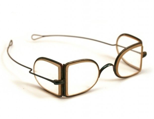 1875-1900-Protective Antique Spectacles - Phisick   Medical Antiques