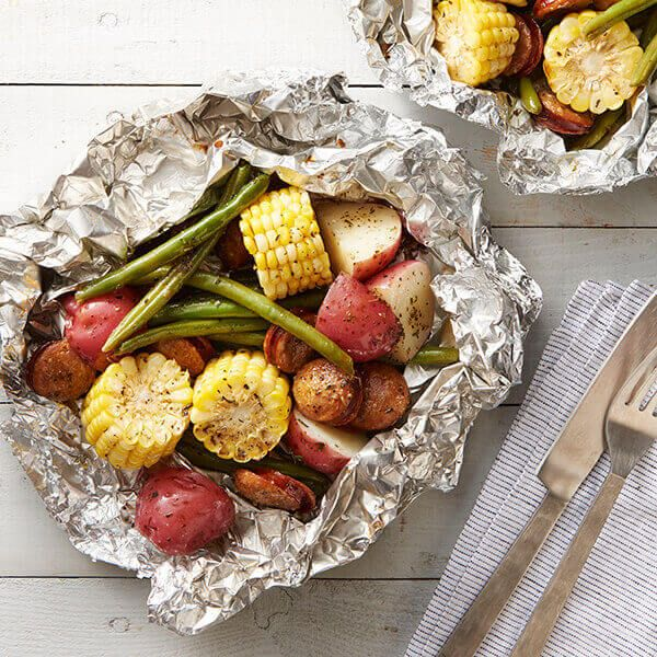 Sausage and grilled vegetables with herb butter   – foil dinners /for oven