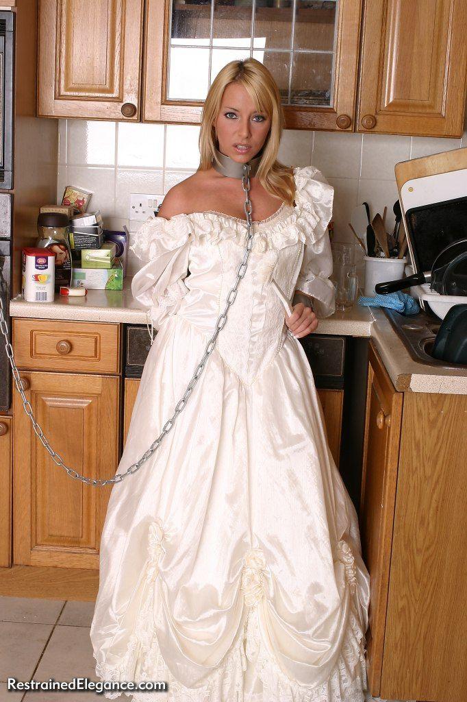 re2IMG_4384d | Sexy brides | Pinterest