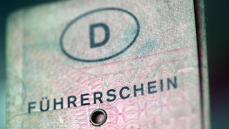 Statt Haft oder Geldstrafe: ADAC kritisiert geplanten Führerscheinentzug für Straftäter